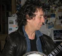 Martin Blake has been playing guitar and singing since the big Folk-Blues scare of the mid 60s and is still performing regularly today. - 3981070