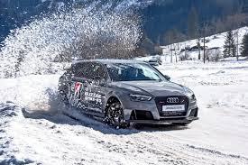 Оцениваем зимние <b>шины Bridgestone</b> с шипами и без