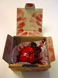 annabel de vetten conjurers kitchen anatomical heart cake for street anatomys objectify this exhibition sept 7 anatomy eat kitchen