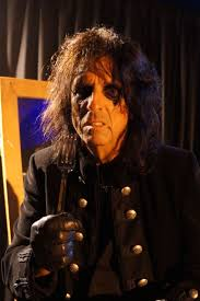 alice cooper interview new bands don t give themselves time to alice cooper works on hollywood vampires album