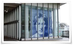 「ジョン・レノン・ミュージアム」の画像検索結果