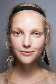 Как визуально уменьшить <b>щеки</b> с помощью <b>макияжа</b>: советы ...