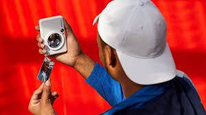 <b>Canon Zoemini S</b> - Фотокамера с функцией мгновенной печати ...