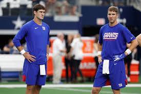 Daniel Jones starting: Best Twitter reactions to Eli Manning's benching