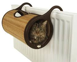13 Cuddly <b>Cat Beds</b> To Keep Your Cat <b>Warm</b> in Winter