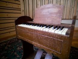 virtue and vice studios brookyln ny virtue and vice esty pump organ
