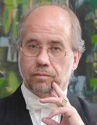 Hans-Günter Leuchter ist Pianist und Moderator der Konzerte des Ensembles ...