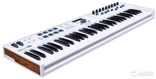 <b>Arturia KeyLab Essential</b> 61 <b>клавиатура</b> новая - Хобби и отдых ...