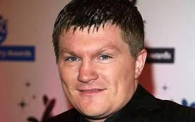 Ricky Hatton must cut the booze or risk losing chance of Floyd Mayweather Jnr rematch: Chin chin: Ricky Hatton's infamous eating and drinking binges have to ... - ricky_hatton_1118589c