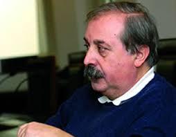 Fernando Álvarez-Uría es profesor de sociología en la Universidad Complutense de Madrid. Es autor de Miserables y locos (1983) y –en colaboración con Julia ... - img_biografia_61
