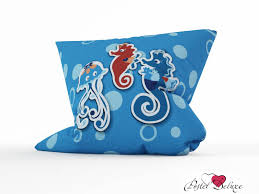Российская декоративная <b>подушка медуза</b> на прогулке (45х45 ...