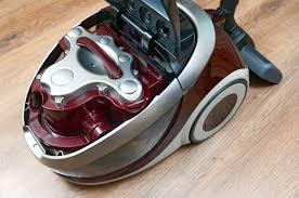 Water <b>Filter Vacuum Cleaners</b> - Home Vacuum Zone