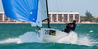 J 70 Sport sailboat : Shift from pleasure to adrenalin. - Jcomposites