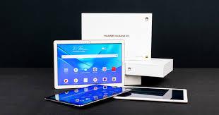 <b>HUAWEI MediaPad M5</b>, M5 lite и T5: три <b>планшета</b> в одном обзоре