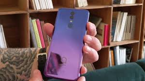 <b>Alcatel 3</b> hands-on at MWC <b>2019</b>: affordable hotness - YouTube
