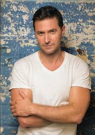 sorry girls had to post again xx richard armitage sorry girls had to post again xx richard armitage beautiful posts and the o jays