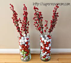 cheap christmas decor: easy christmas centerpieces img  easy christmas centerpieces