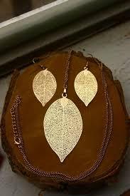 Цена: 160 грн. - Набор кулон подвеска и серьги серёжки листья ...