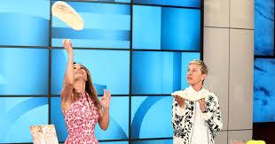 Giada De Laurentiis Returns to Ellen to Redeem Herself from Nicole ...