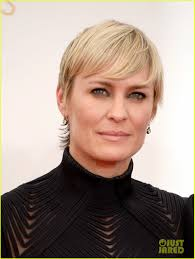 ... Robin Wright Robin wright: emmys 2013 red ... - robin-wright-emmys-2013-red-carpet-with-her-kids-02