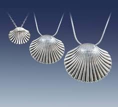 free shipping beautiful pendants malay