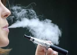 """Résultat de recherche d'images pour """"la vapeur de cigarette électronique"""""""