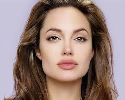 """Secondo """"Hollywood Reporter"""" Angelina Jolie potrebbe avere un piccolo ruolo nel prossimo film di Paolo Sorrentino, La grande bellezza, le cui riprese ... - angelina_-jolie"""