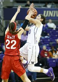 kelsey plum passes career points as washington women beat uw guard kelsey plum drives to the basket against seattle guard ashlyn lewey in the first