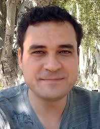 Javier Martínez, nació en Molina de Segura, Murcia, y es licenciado en Bellas Artes por la Universidad de Granada, y MFA en Cine y Televisión por la ... - JavierMartinez