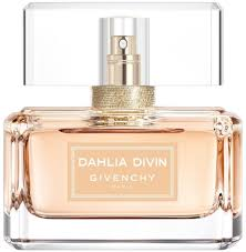 <b>Givenchy Dahlia Divin</b> Nude 50ml in duty-free at airport Domodedovo