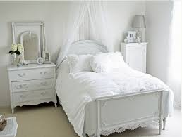 incredible decorate small bedrooms bedroom design saucepackco for small bedrooms bedroom furniture ideas small bedrooms