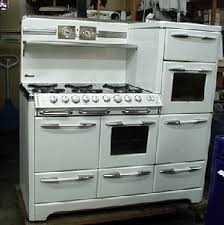 vintage kitchen appliance retro appliances: before restoration process is started on this okeefe amp merritt antique gas stove