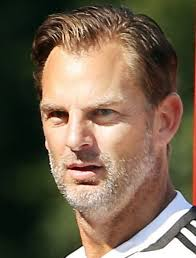 The 47-year old son of father (?) and mother(?), 182 cm tall Ronald de Boer in 2017 photo