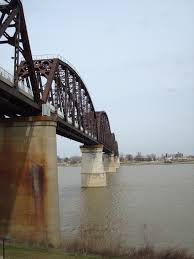 photo essay louisville s big four bridge see glenn run view from the curved ramp leading up to the bridge