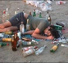 Resultado de imagen de alcohol y botellon