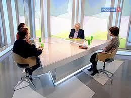 Наблюдатель / Елена Папкова, Мария Черняк и <b>Олег Лекманов</b> ...