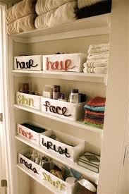 small bathroom storage solution ideas