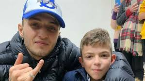 '<b>Be a voice</b> of peace': Anwar Hadid visits Palestine - The National