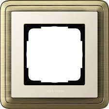Купите 211623 - Gira ClassiX <b>Рамка на 1 пост</b>, бронза/кремовый ...