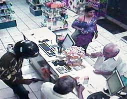Resultado de imagem para ladrões de capacete fotos