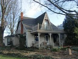 Victorian House Plans and Style   the Early YearsAnother small Folk Gothic home in Zanesfield  OH
