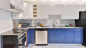Какие <b>фасады</b> лучше выбрать для кухни: самые практичные и ...