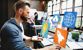 best apps for social networking marketing donut man using computer best apps for social networking