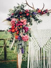 Decorating A Trellis For A Wedding 30 Diy Wedding Arbors Altars Aisles Diy