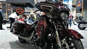 <b>2019</b> CVO Street Glide Harley-Davidson All <b>3 Colors</b> and What's <b>New</b>