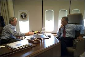 en route to michigan president bush and president kwasniewski talk on air force one air force 1 office