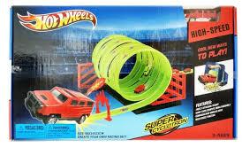 Трек <b>Hot Wheels</b> Супер циклотрон: Шесть мертвых петель HW218