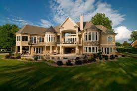 Craftsman House Plans With Walkout Basement   Inspiring Basement    Image of  Luxury House Plans With Walkout Basement