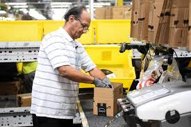 Amazon to add more than 30,000 permanent jobs, hold career fair