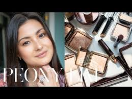 <b>Hourglass Ambient Lighting</b> Collection How-To with Chloe Morello ...